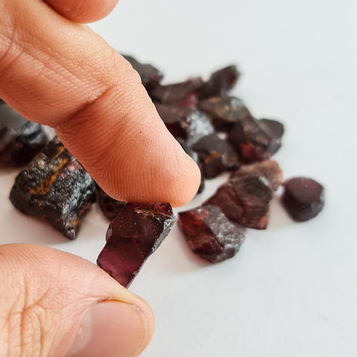 20ct Parcel Garnet Facet Rough