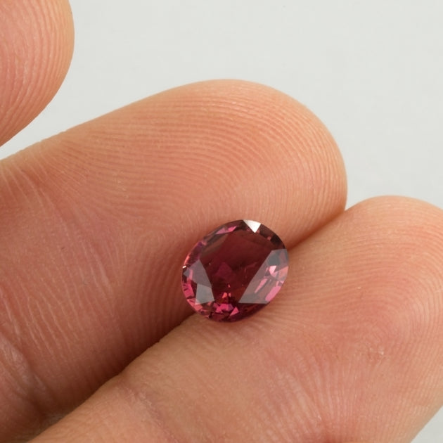 0.90ct Oval Pink Tourmaline
