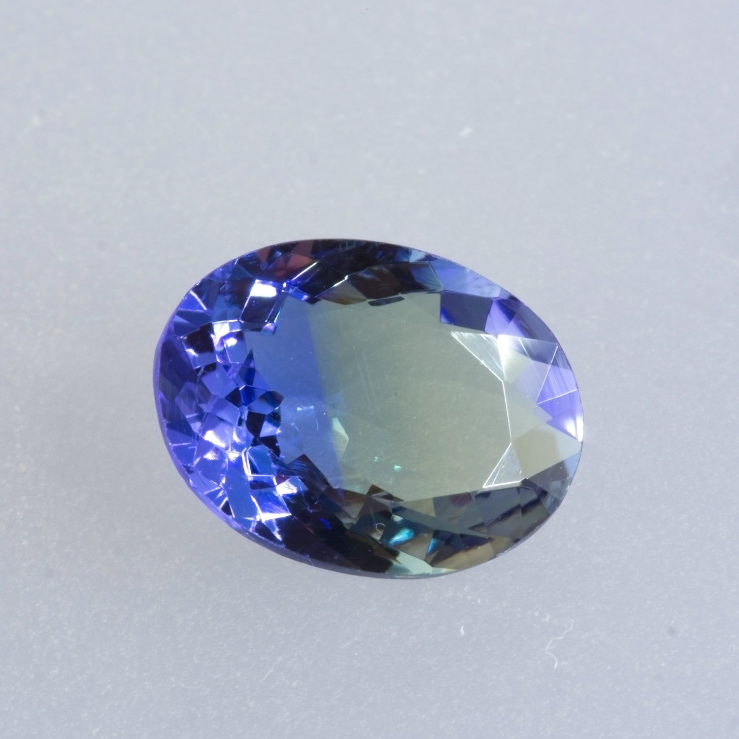 Unheated 2.81ct Oval Cut Bi-Colour Tanzanite