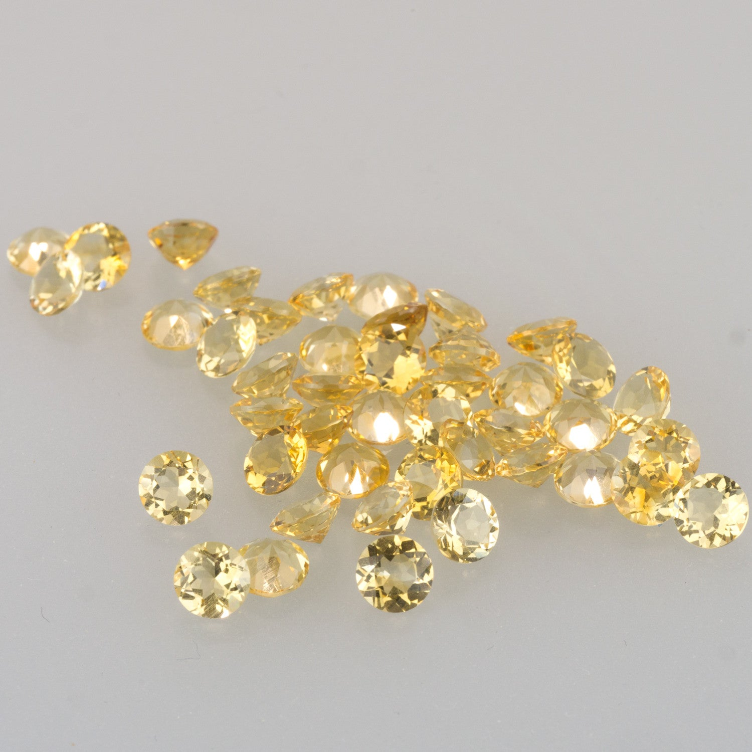 5mm Citrine Calibrated Round Cut