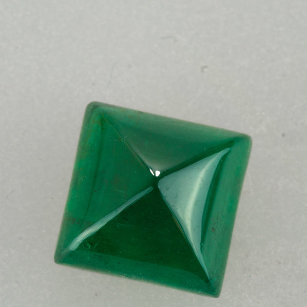 3.30ct Sugar Loaf Cut Zambian Emerald
