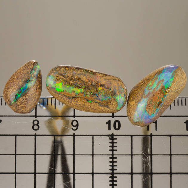 "3pc Set Of Opals on ""Dop Sticks"""