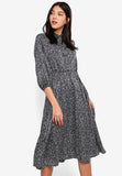 Qaedyn Long Sleeves Texture Midi Dress