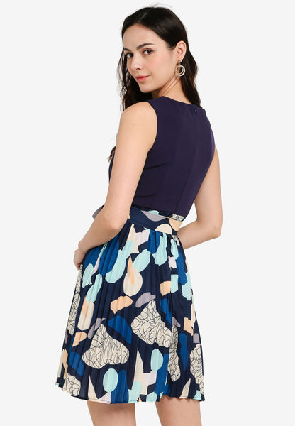 Payton Pleated Abstract Midi Dress in Navy Blue