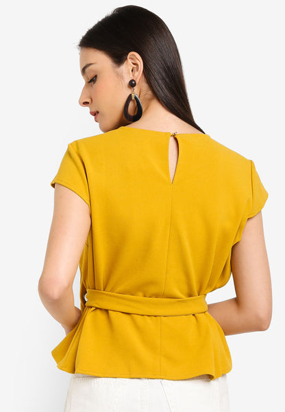 Lisbeth Layered Sash Top In Yellow