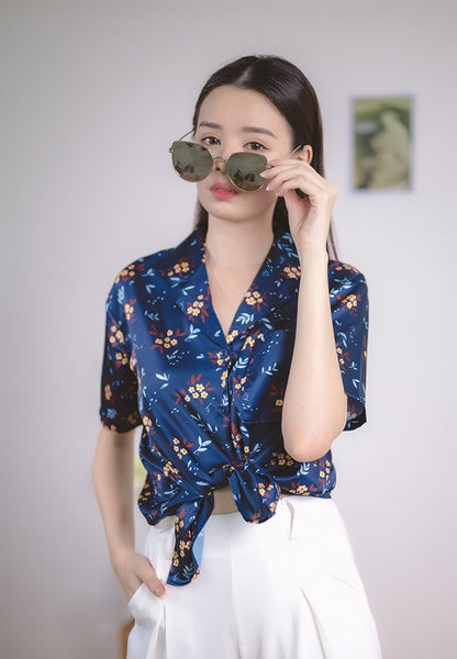 Genesis Blouse Floral Print in Navy Blue (Cooling Fabric)