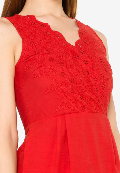 Glacie Crochet Dress in Red