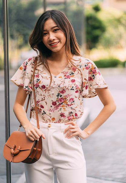 Leyla Flutter Sleeves Floral Print Top in Apricot