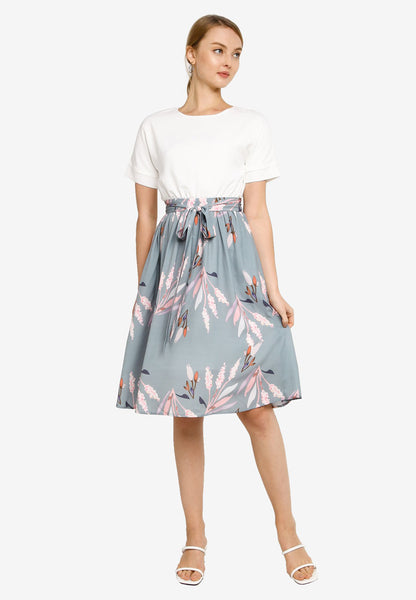 Parisa Floral Dress in Dust Green (Premium)