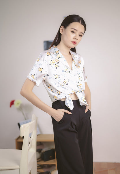Genesis Blouse Floral Print in White (Cooling Fabric)