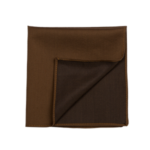 A solid and creamy camel pocket square.