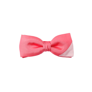 The perfect bowtie to bring a spring touch to any event. A pre-tied bowtie combining two shades of pink.