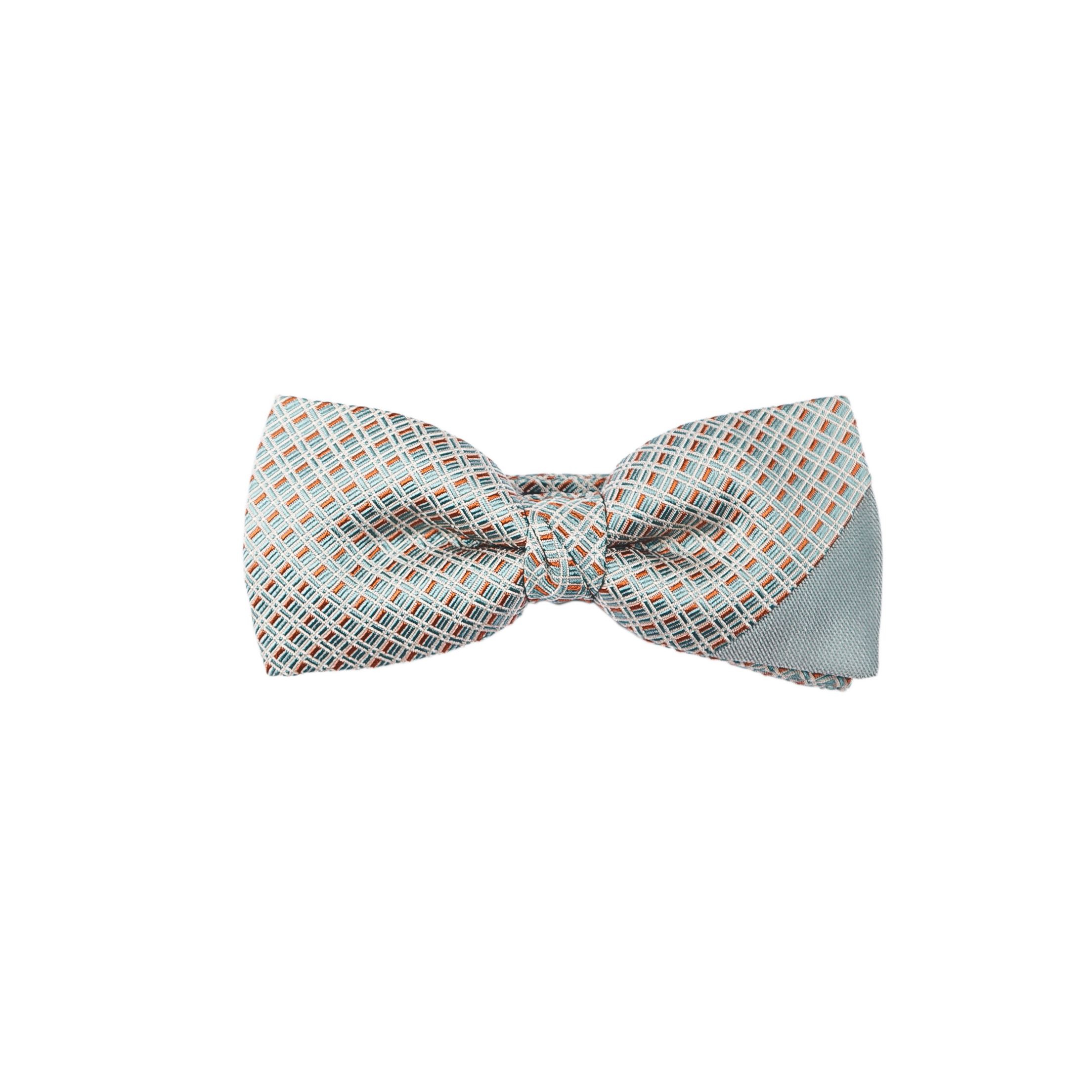 A creamy and silky tie with a turquoise solid silk, combined with a patterned turquoise and caramel silk.