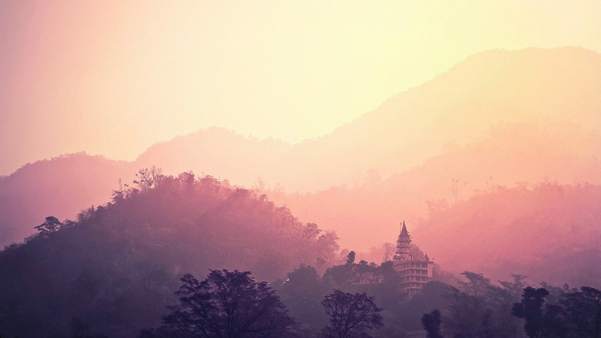 Yoga and Meditation Retreat in Rishikesh with Complete Unity Yoga
