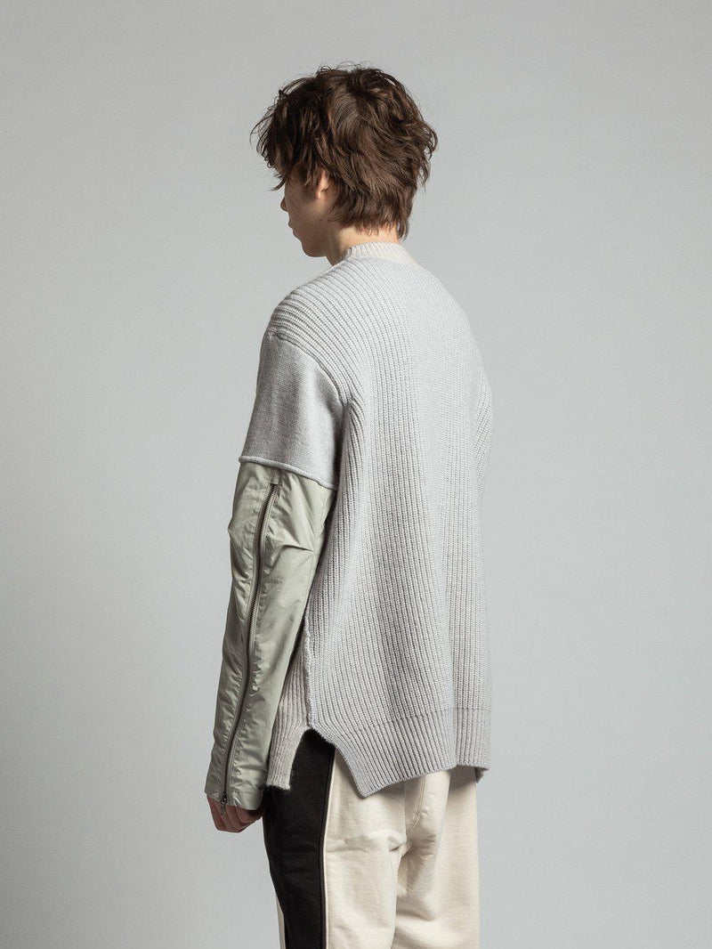 Combination Sleeve Nylon Switching Knit - Light Grey