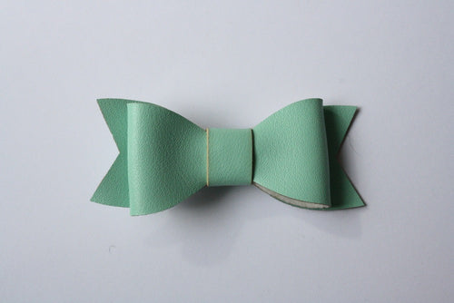 MOLLY MINT LEATHERETTE HAIRCLIP - The Willowlands