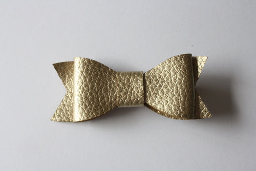 GOLDILOCKS LEATHERETTE HAIRCLIP - The Willowlands