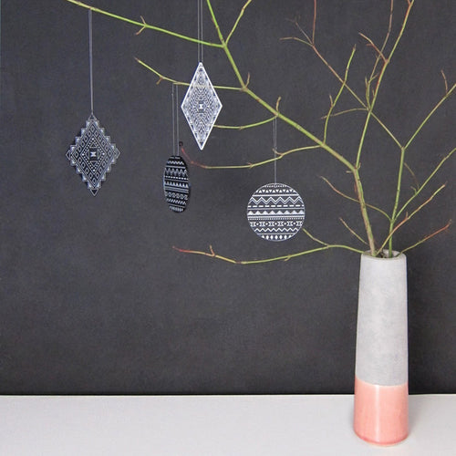 GREY ACRYLIC ORNAMENT SET - The Willowlands