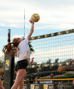 Three Tips for Junior Athletes Balancing Beach and Indoor Volleyball