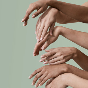10 steps for a perfect, long lasting mani