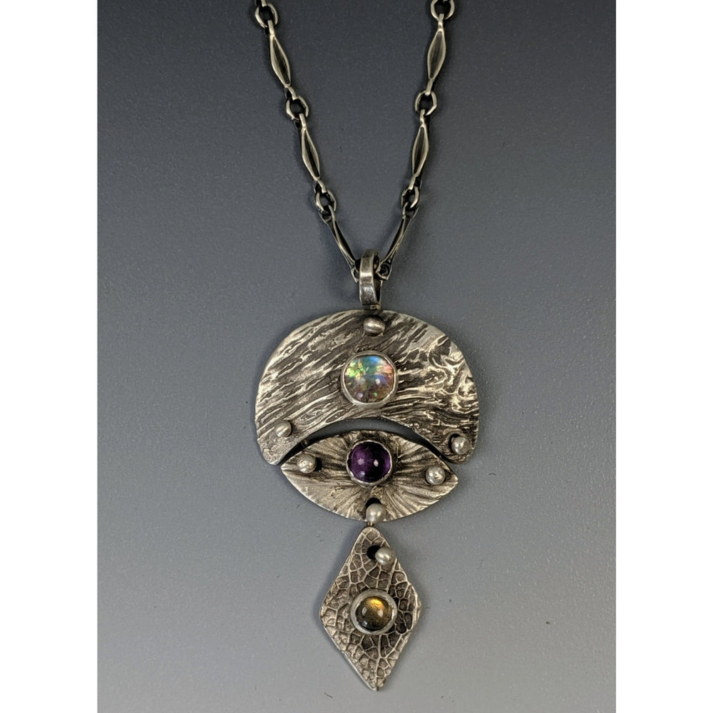 SOLD--Pendant-Warrior Goddess-Sif