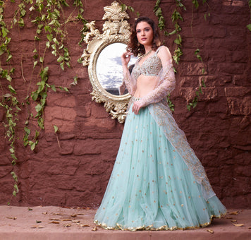/blogs/fashion/decoding-the-ultimate-dress-code-for-a-modern-indian-look