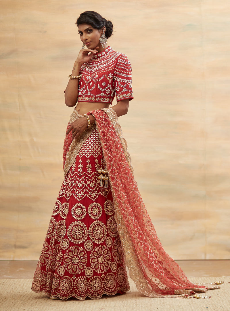 Kavita Bhartia-Red Hand Embroidered Saree Set-INDIASPOPUP.COM