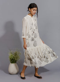 Anju Modi - Off White & Black Single Tiered Dress - INDIASPOPUP.COM