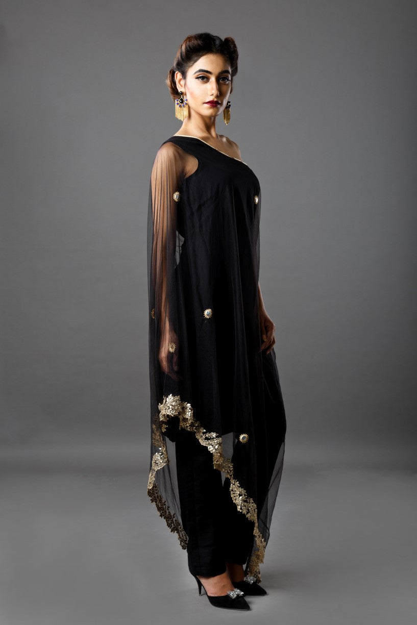 Ruchira Nangalia - Black cape with pants - INDIASPOPUP.COM