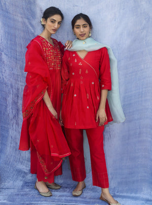Label Earthen - Red Kurta & Straight Pant With Dupatta - INDIASPOPUP.COM