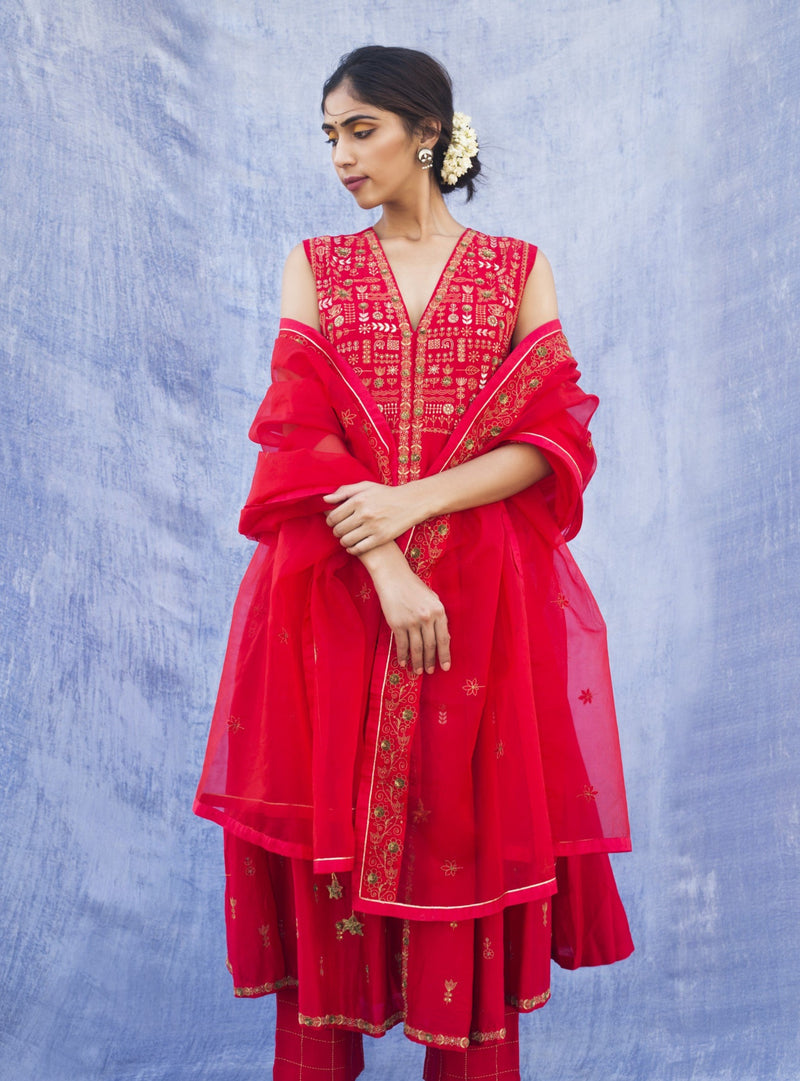 Label Earthen - Red Embroidered Kurta & Straight Pant - INDIASPOPUP.COM