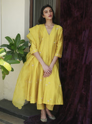 Label Earthen - Yellow Embroidered Kurta & Straight Pant - INDIASPOPUP.COM