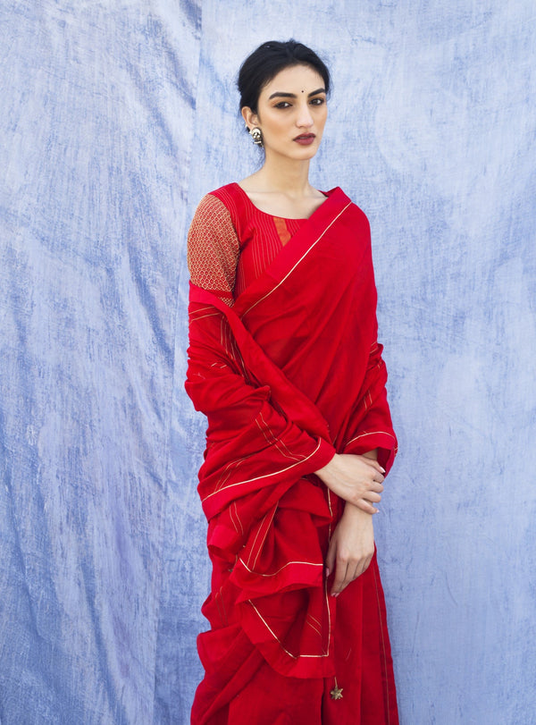 Label Earthen - Red Saree With Blouse - INDIASPOPUP.COM