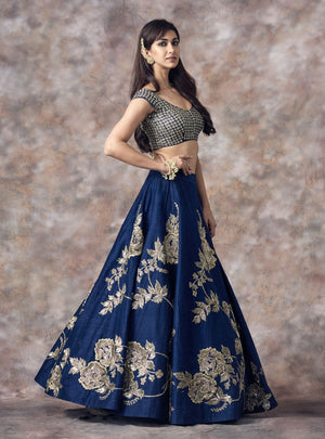 Mrunalini Rao - Blue Embroidered Lehenga Set - INDIASPOPUP.COM