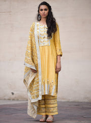 Simar Dugal-Yellow Long Kurta Set-INDIASPOPUP.COM
