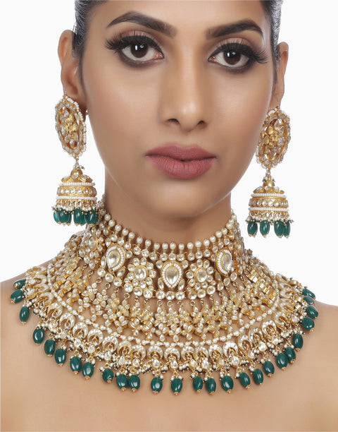 Green Mandaakhni Kundan Necklace Set