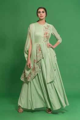 HOUSE OF NEHA & TARUN GREEN EMBROIDERED CAPE GOWN