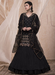 Nadima Saqib - Jet Black Short Kurti With Skirt - INDIASPOPUP.COM