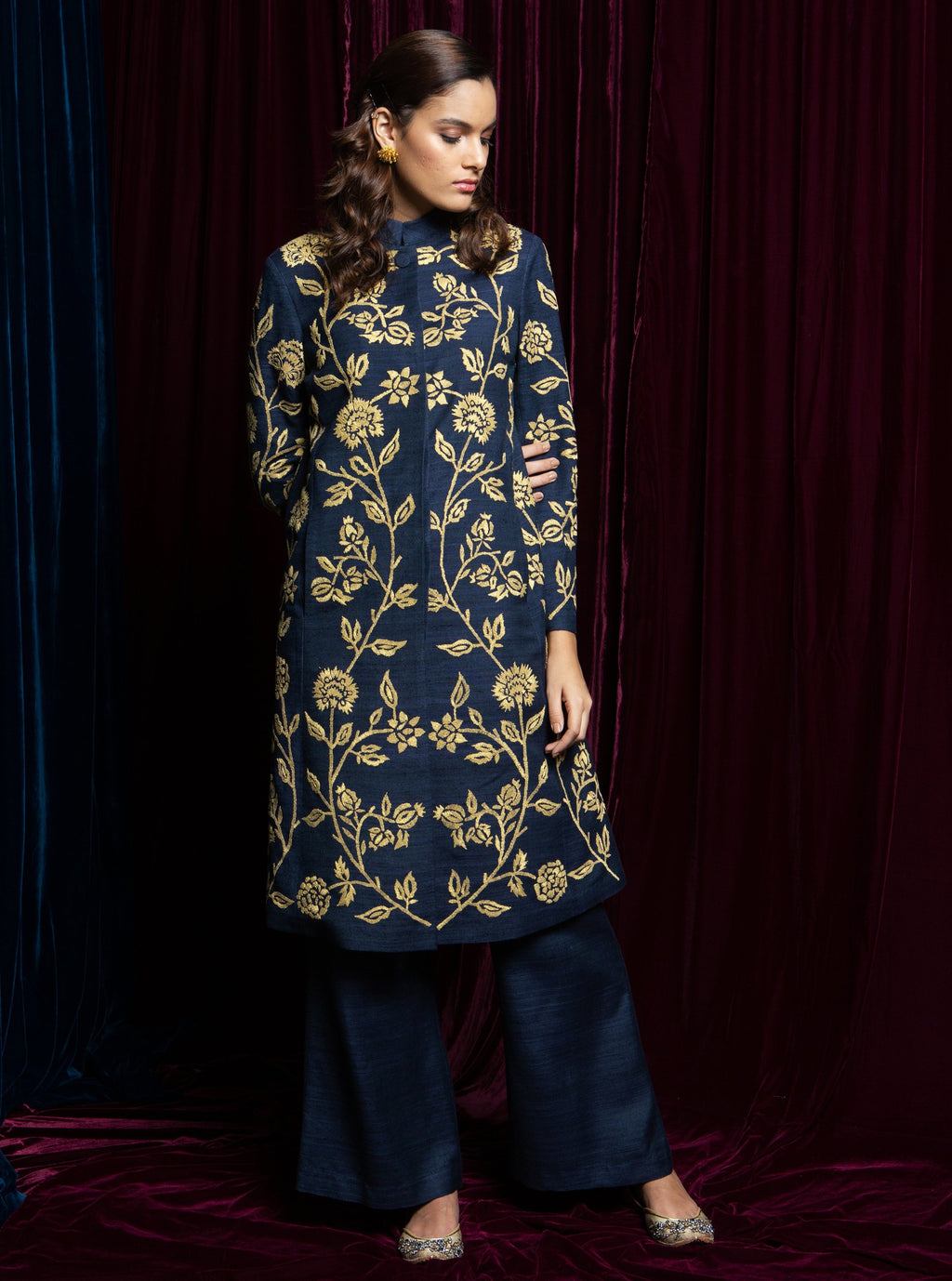 Blue Embroidered Kurta With Pants