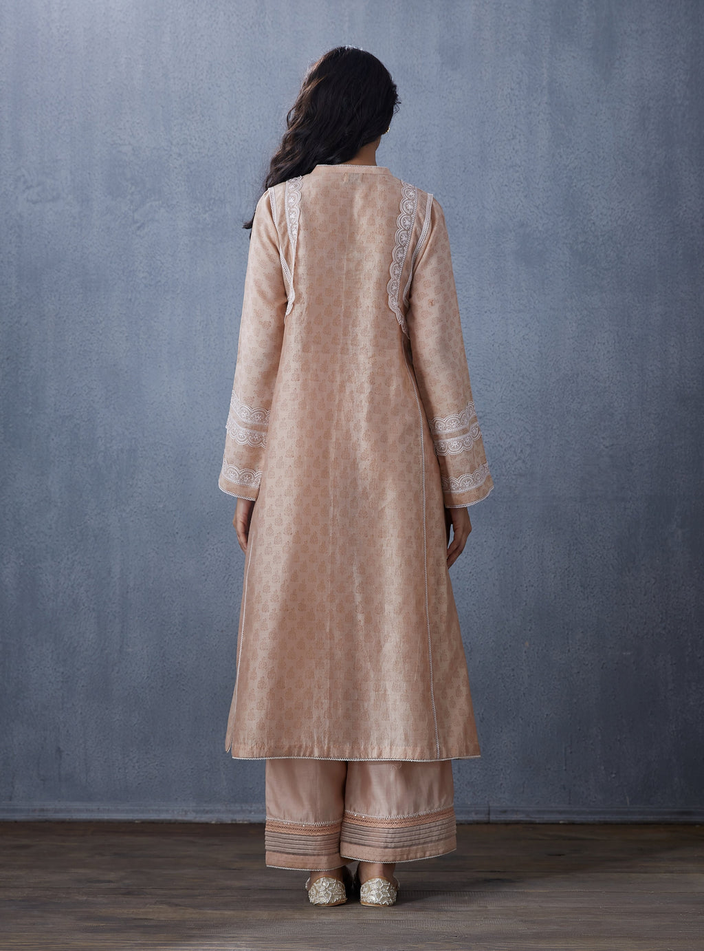 Peach Pants With Kurta & Dupatta