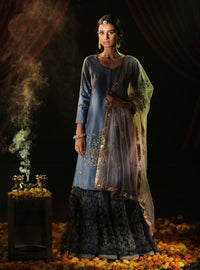 Anju Modi - Blue Embroidered Kurta Set - INDIASPOPUP.COM