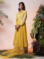 Vidushi Gupta - Yellow Embroidered Anarkali Set - INDIASPOPUP.COM