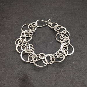 Load image into Gallery viewer, Sterling Silver Interlinking Ring Hoop Chain Bracelet
