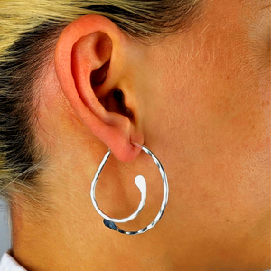 Load image into Gallery viewer, Sterling Silver Hammered Double Half Hoop Swing Earrings