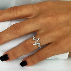 Load image into Gallery viewer, Sterling Silver Clear Cubic Zirconia Heart Beat Zig Zag Ring