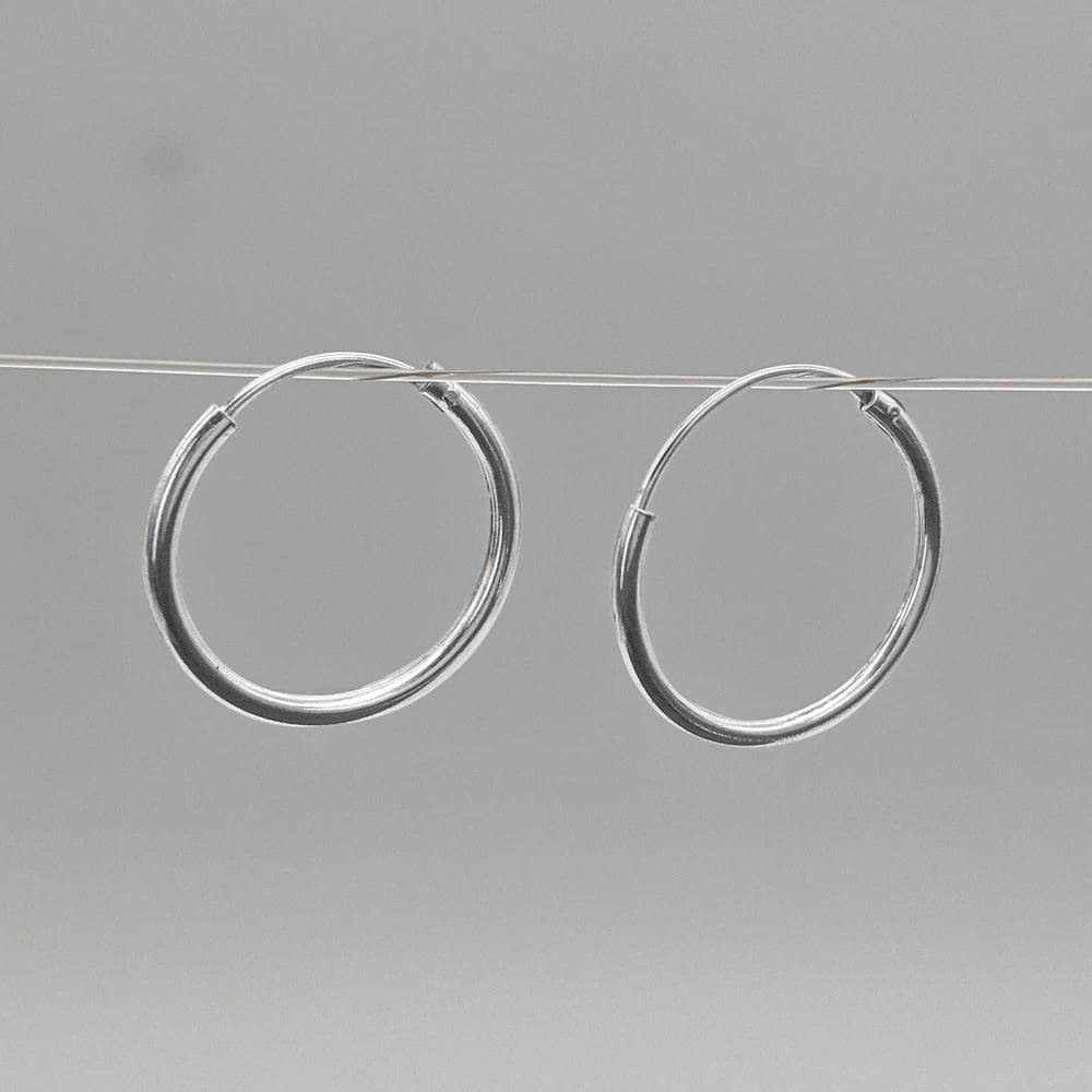 Load image into Gallery viewer, Sterling Silver Round 1.2mm 16 mm Hoop Earrings