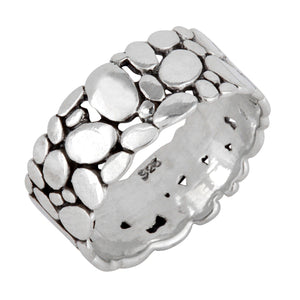 Load image into Gallery viewer, Sterling Silver Pebble Stone Pattern Band Ring - Silverly
