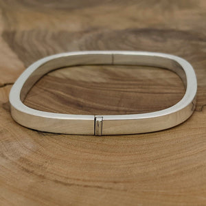 Load image into Gallery viewer, Sterling Silver 5mm Square Hinged Bangle