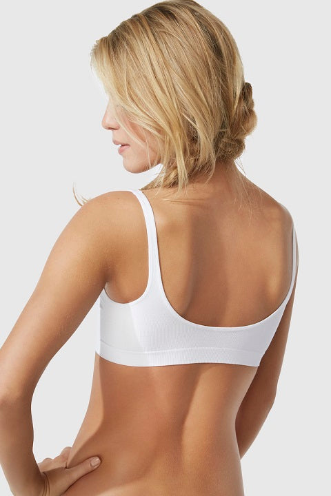 woman from the back, wearing white bra