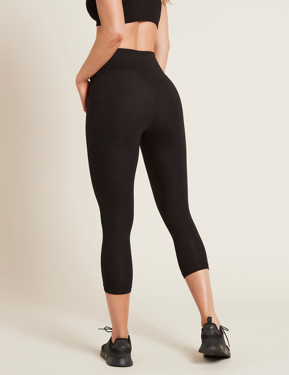 Active Blended High-Waisted 3/4 Leggings with Pockets